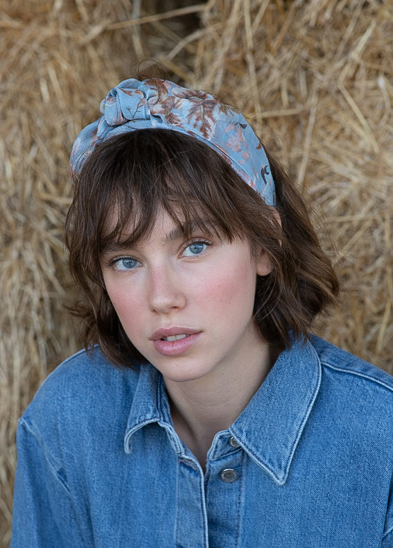 Maia-wide-bow-floral-blue-(1)